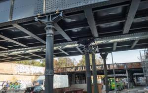 Yorckbrücken 14 und 15 wurden im August nach ihrer Restauration wieder eingehängt.