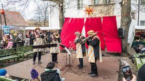 Musikalisches vor märchenhafter Kulisse – Weihnachtsmarkt am Jagdschloss Grunewald.