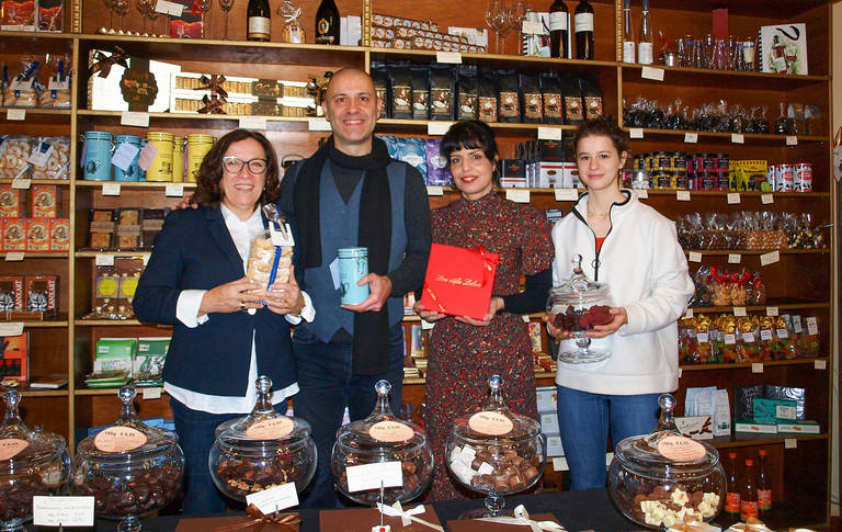 Für die Schokoladenseiten des Lebens im Einsatz: Ingrid Lang, DarioDeserri, Lucia de Brito und Neima (v.l.n.r.).