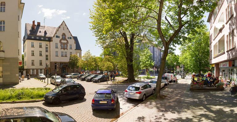 Eugen-Gerstenmair-Platz in Lichterfelde.