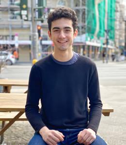 Noah Adler, mit CoronaPort gegen Anonymität und Vergessenwerden. Foto: privat