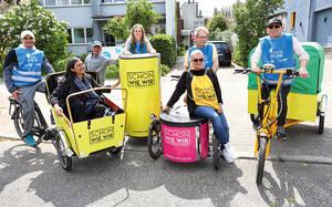 Im Einsatz gegen illegalen Müll: Das Neuköllner Kiez-Hausmeister-Team. Foto: IB
