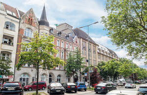 Die Goerz-Höfe in Rheinstraße 45-46/Holsteinische Straße 39-42.