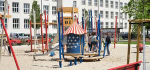 Spielplatz auf dem Platz der US-Berlin-Brigade.