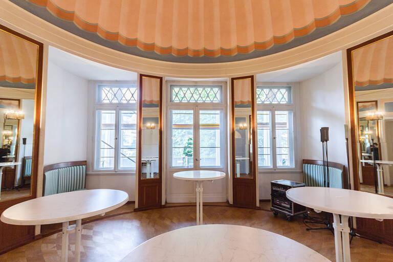 Kuppelsaal im Gutshaus Steglitz an der Schloßstraße 48.