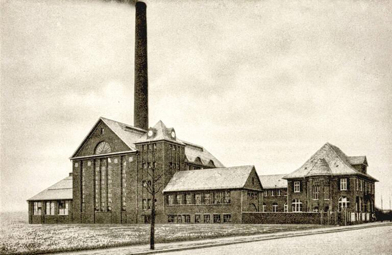 Das Kraftwerk in der Siemensstraße wurde am 1. April 1911 in Betrieb genommen.Archiv Jörg Becker