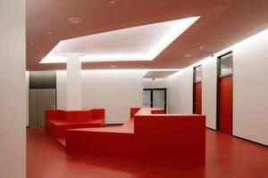 Raffiniert gestaltete Sitzgruppen sind Teil der Kernsanierung. Foto: TSSB Architektenbüro