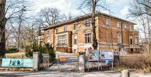 Leo-Borchard-Musikschule in der Martin-Buber-Straße 21.