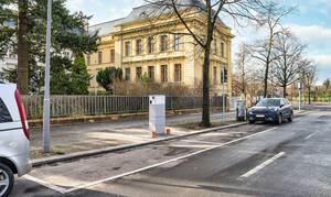 Neue Ladestation am Rudolf-Mosse-Platz.