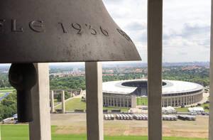 Vom Glockenturm aus schweift der Blick weit über Berlin. Foto: Dr.Manfred Uhlitz