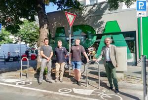 Die erste Fahrradabstellanlage für Lastenfahrräder im Bezirk wurde eingeweiht. Foto: BACW