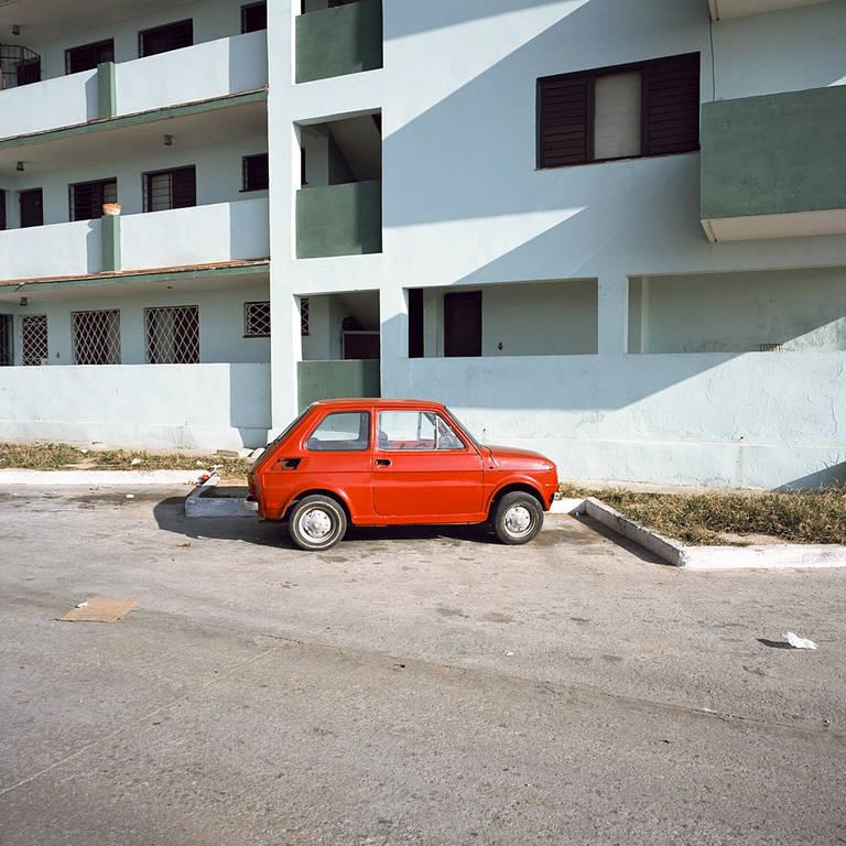 Charles Johnstone, Little Red Car, Kuba, 2006.