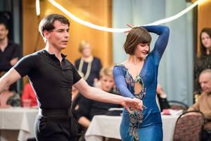 Lukas Heiland & Whitley Effenberger (HauptgruppeC Latein), Tanzclub Blau-Weiss Berlin. Foto: AR Fotografie