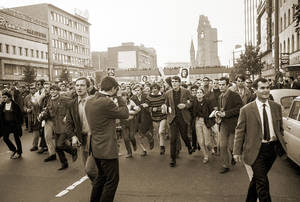 Demonstration gegen den Vietnamkrieg, 21. Oktober 1967 . © Bundesstiftung Aufarbeitung, Klaus Mehner