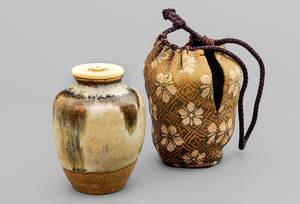 Teedose (chaire), Chosen-Karatsu, Japan, Momoyama- bis frühe Edo-Zeit (16./17.Jahrhundert), Leihgabe aus Privatbesitz. Foto: Heinz-J. Theis