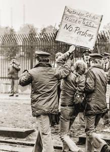 Blockade der Andrew-Barracks durch Demonstranten im Jahr 1983. Foto: Kristina Eriksson