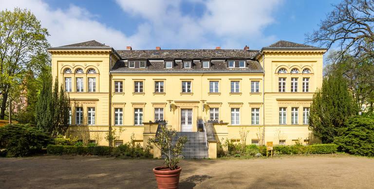 Das Gutshaus Lichterfelde. Möglicherweise hat Nikolaus von Béguelin mit seiner Familie schon in dem Gebäude gewohnt.