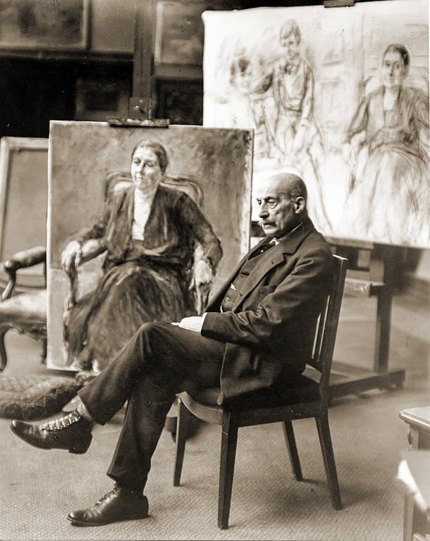 Der Maler Max Liebermann sitzend, um 1930. Stadtarchiv Bonn