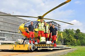 Christoph31 mit seiner Crew – 30Jahre in Berlin für die Luftrettung unterwegs. Foto: ADAC Berlin-Brandenburg e.V.