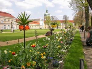 Der historisch bedeutende Park am Schloss Charlottenburg ist eins der Ziele am Tag des offenen Denkmals.