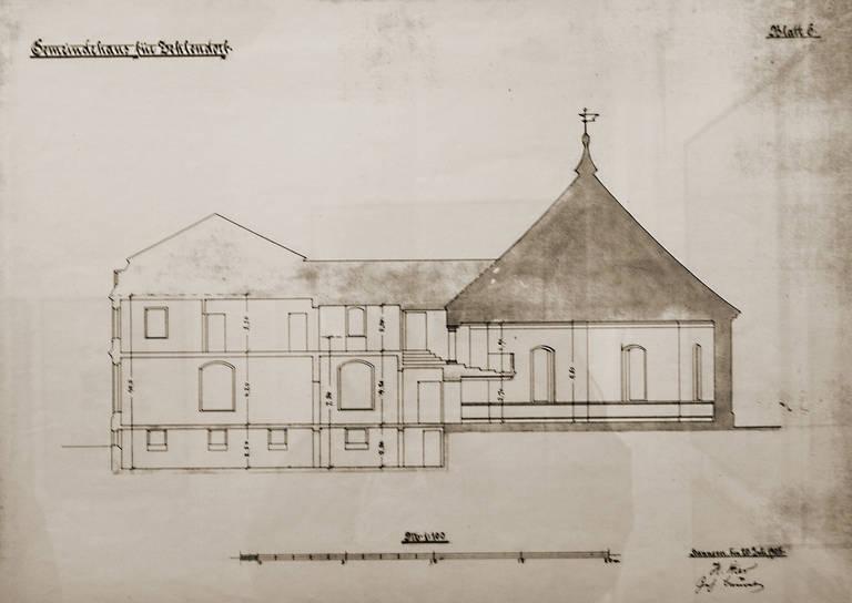 Bei der Vorbereitung zur Ausstellung wurde auch dieser nie verwirklichte Entwurf zum Anbau eines Gemeindehauses an die Alte Dorfkirche gefunden.