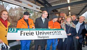 BVG, Bezirk und Freie Universität freuen sich über die gefundene Lösung.