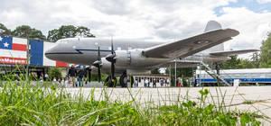 Darf nicht mitfeiern: Im AlliiertenMuseum an der Clayallee steht die Hastings TG 503, die während der Luftbrücke mithalf, die Berliner Bevölkerung zu versorgen.