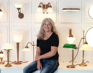 Unternehmerin Anne Kamratowski gibt alten Lampenmodellen eine Zukunft. Fotos: BML GmbH