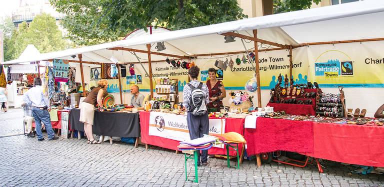 Der Weltladen A Janela präsentiert an den Fair Trade-Ständen verschiedene Projekte aus Afrika und Afghanistan.