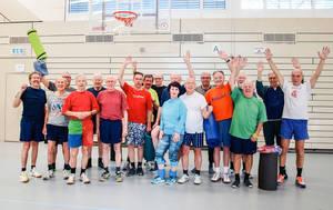 Die Power-Boys: Spaß an der Bewegung und Liane´s Gymnastik halten sie aktiv.